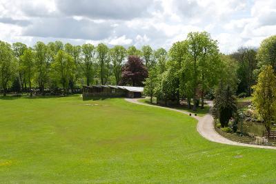 Avenham and Miller Park with Avenham Pavilion in the background
