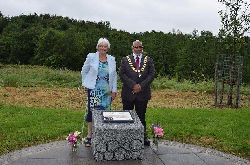 Mayor of Preston and Mrs Nora Ward unveil memorial to Peter Ward on Guild Wheel